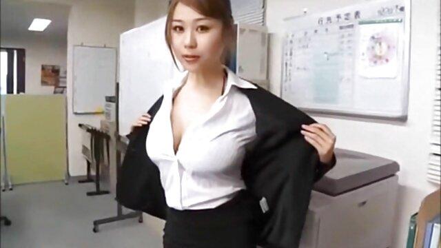 Pornografia sem registo  Encantado fez uma quero vídeo pornô mulher com mulher paródia